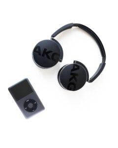 AKG kuulokkeet